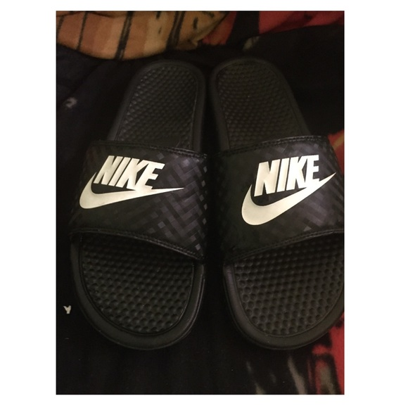 880e5c66b41f Nike Benassi JDI Womens Athletic Sandal size 12. M 5b17b359a5d7c6479399ada2